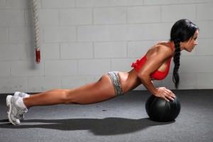 Тренировочная программа для девушек в тренажерном зале